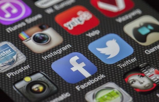 Komunita na Facebooku je živý orgán: Víte, jak a proč ji správně spravovat?